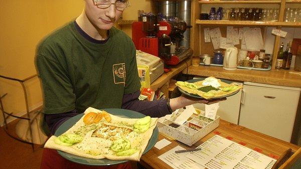Pražská kavárna Vesmírna, kde pracují mentálně postižení