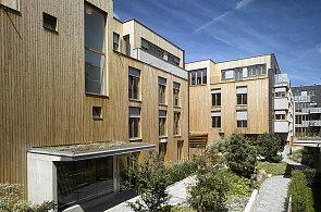 Co umí čeští architekti? Prestižní cenu můžou získat bytové domy i golfový klub