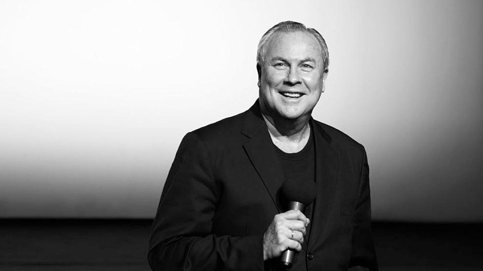 Robert Wilson v Národním divadle před dvěma lety inscenoval Věc Makropulos.