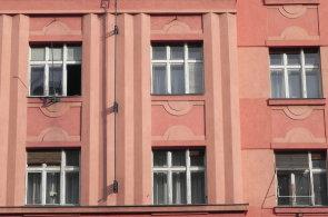 Elektronická aukce obytných domů