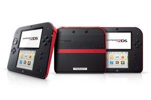 Nintendo 2DS: Na pohled komická hračka pro děti mile překvapí, slabinou jsou ale ceny her