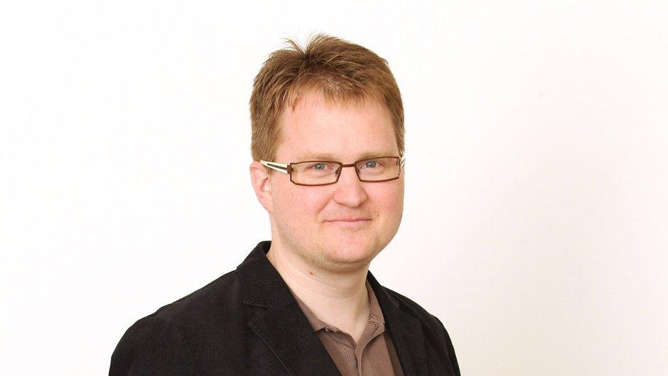 Komentátor Ekonomu Robert Břešťan