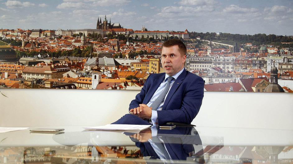 Karel Bureš je v čele České exportní banky od loňského června