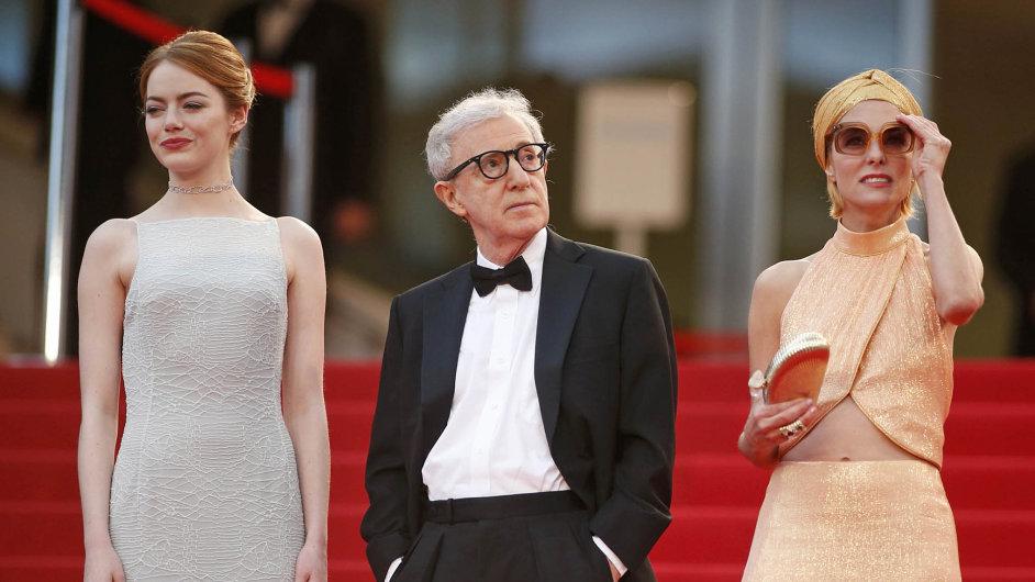 Woody Allen se vCannes objevil už pojedenácté, ato se svým padesátým filmem Iracionální muž, vněmž hrají Emma Stoneová (vlevo) aParker Poseyová.