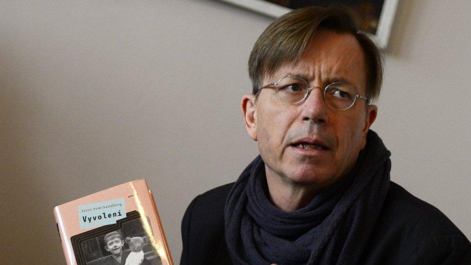 Švédský spisovatel Stev Sem-Sandberg představil 20. května v Praze svůj román Vyvolení.