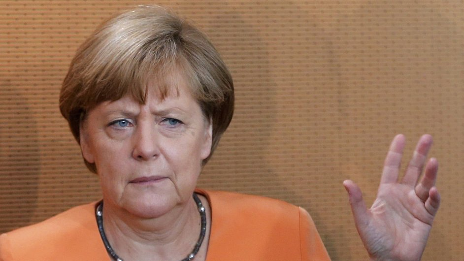 Německá kancléřka Angela Merkelová odmítá jednat o třetím záchranném programu před nedělním referendem v Řecku.