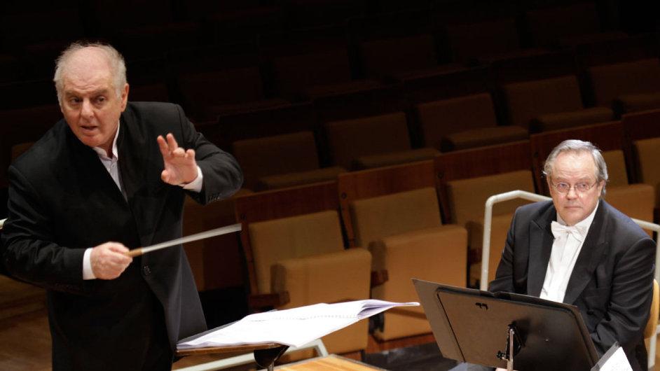 Berlin Staatskapelle vede dirigent Daniel Barenboim. Na snímku z nahrávání Mahlerovy Deváté v roce 2009.