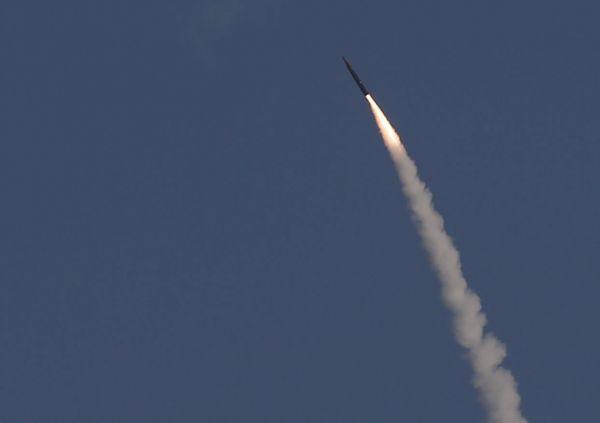 Izrael vyzkou�el protiraketu Arrow 3, zas�hla c�l nad atmosf�rou.
