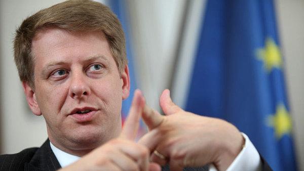 O Prouzovi se mluvilo jako o možném kandidátovi na post ministra průmyslu a obchodu.