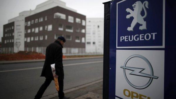 Automobilka PSA potvrdila převzetí Opelu.