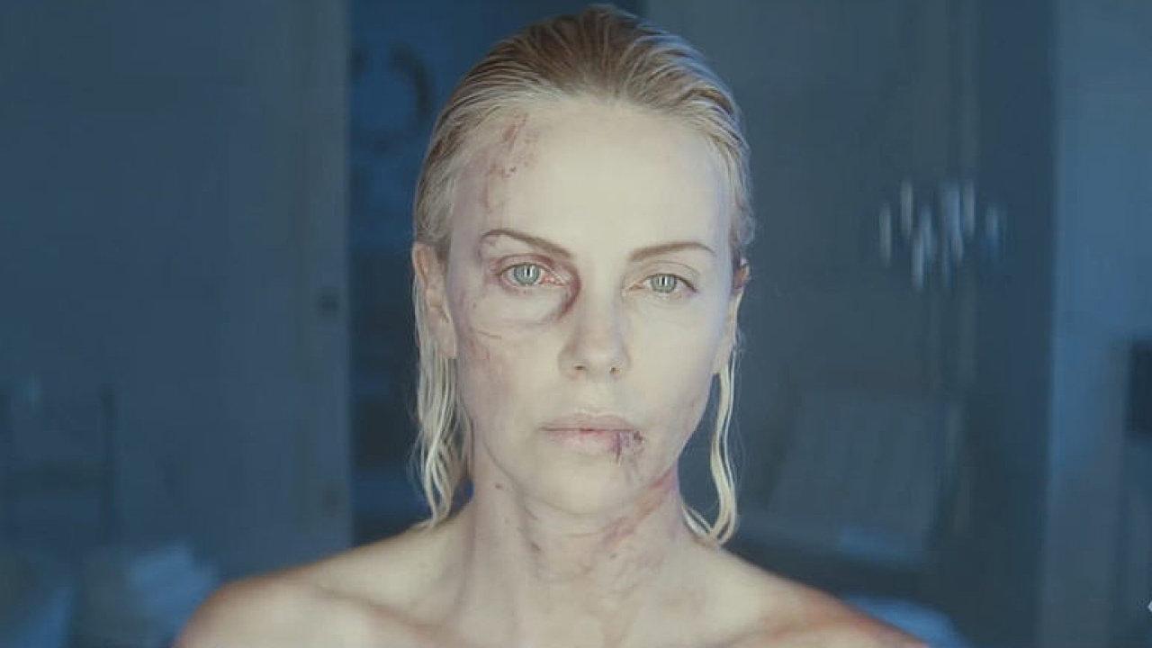 Kamil Fila: Charlize Theronová v Atomic Blonde láme kosti. Její tvrdosti a nelítostnosti uvěříte.