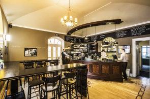 Zápisky protivného hosta: Pařížský bar v bistru Café la Creme a Gastronomické dny pod Sněžkou