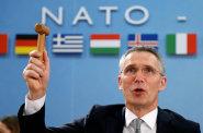 Problémy NATO: neplatiči a Turecko