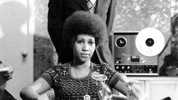 Zemřela zpěvačka Aretha Franklinová. Královně soulu a první ženě v rokenrolové síni slávy bylo 76 let
