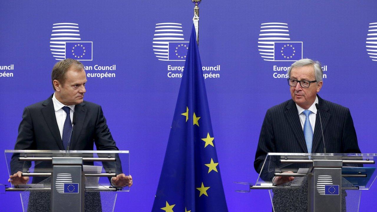 Předseda Evropské rady Donald Tusk a předseda Evropské komise Jean-Claude Juncker v pátek představí tureckému prezidentovi návrh dohody, který vznikl na čtvrtečním summitu.