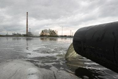V Česku podle odborníků z AV ČR neexistuje voda, která by neobsahovala škodlivé cizorodé látky.