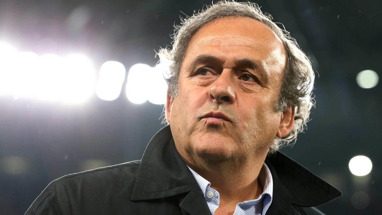 Michel Platini byl podle informací francouzských médií byl předveden naoddělení protikorupční policie vNanterre napařížském předměstí.