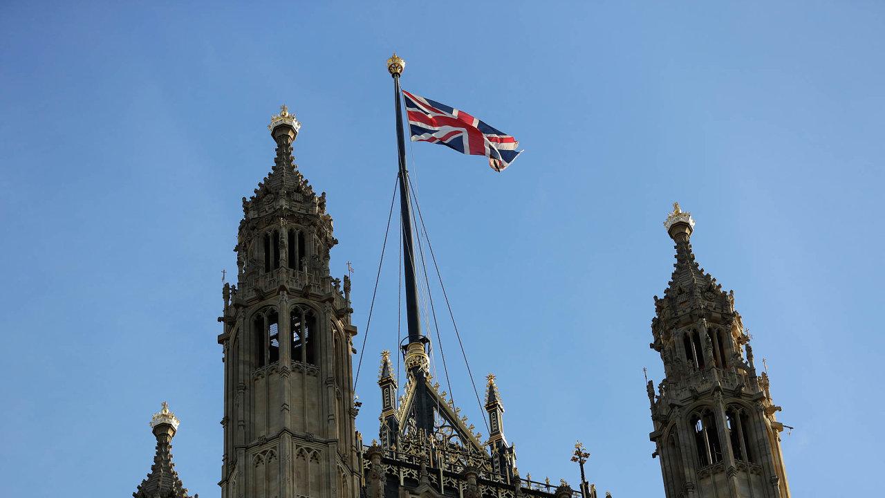 Sněmovna Lordů. Druhá komora Britského parlamentu se přidala k opozici a podpoří zákon proti divokému brexitu.