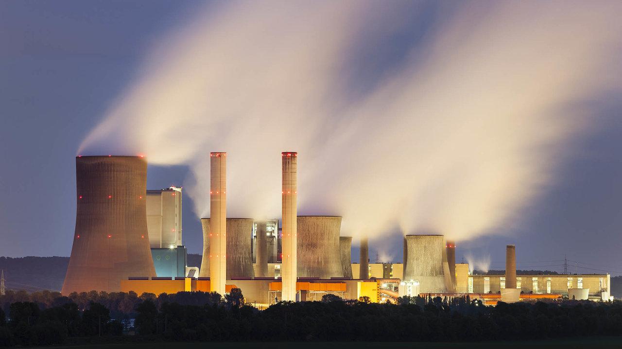 Opustit uhlí: Němci vyřazují tepelné elektrárny. Hnědé uhlí spaluje například Niederaussem vPorýní.