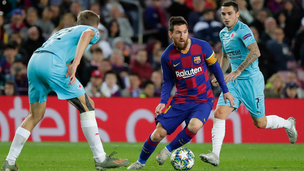 Sport umí překvapit. Sremízou fotbalové Slavie napůdě Barcelony včele sfamózním Messim počítal málokdo.