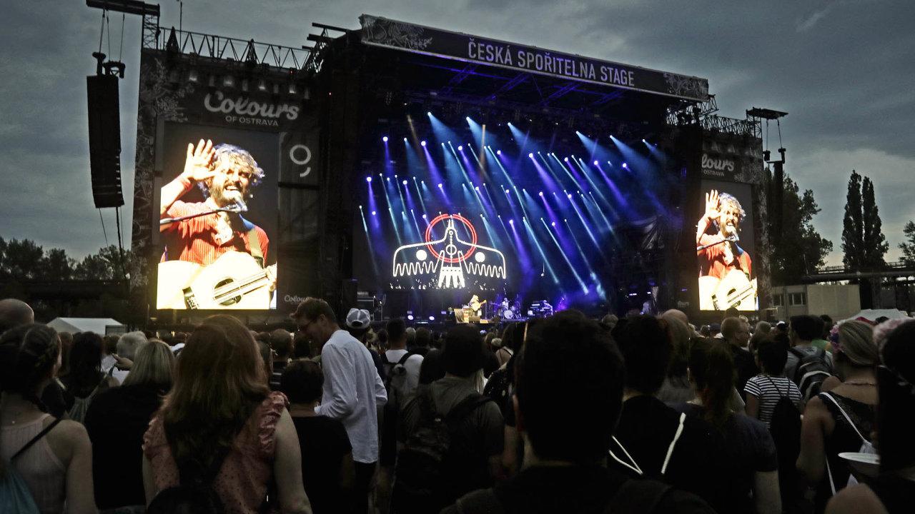 Pořadatelé festivalu Colours of Ostrava, který navštěvují desetitisíce lidí, čekali nastanovisko vlády, zda budou moci akci uspořádat, odzačátku koronavirové epidemie. Teď vědí, že to letos nepůjde.