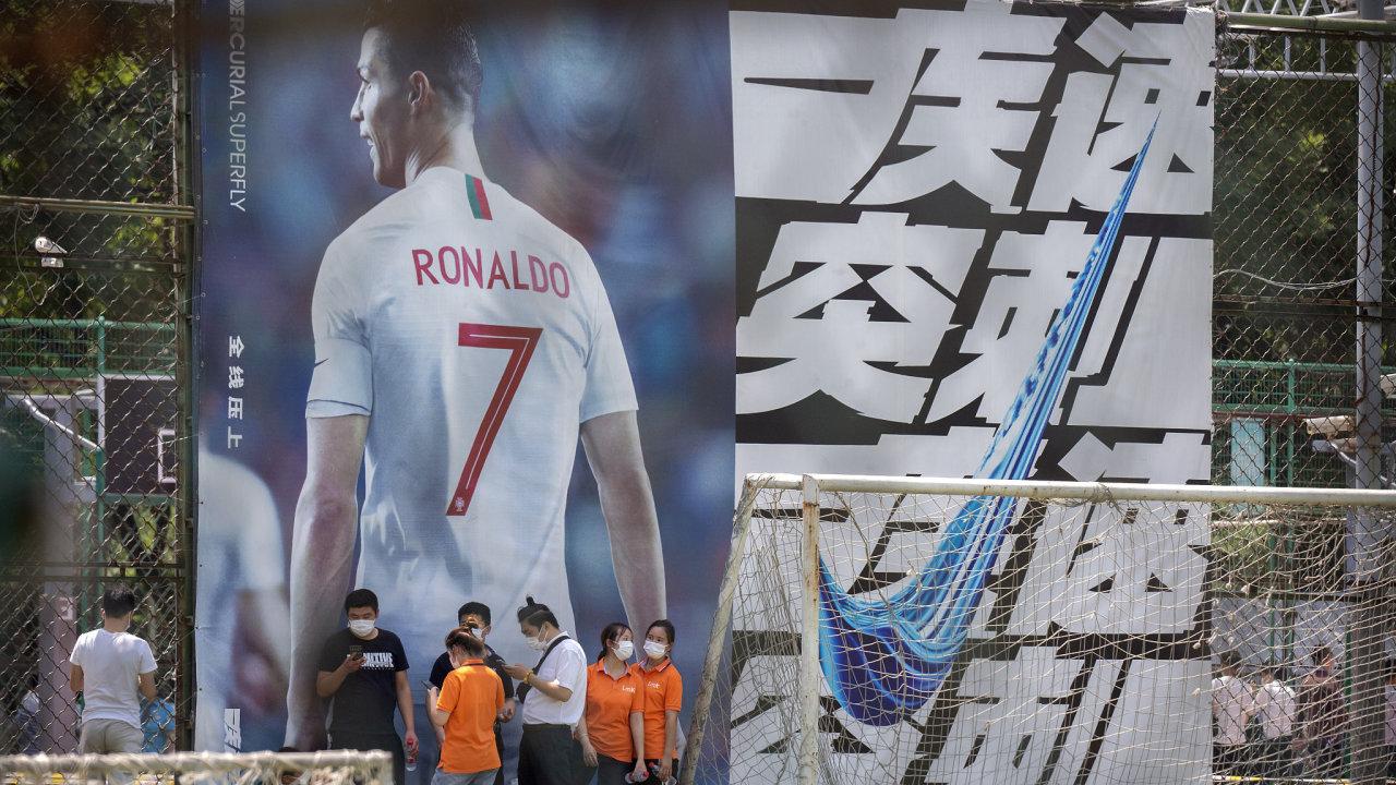 čína, fotbal