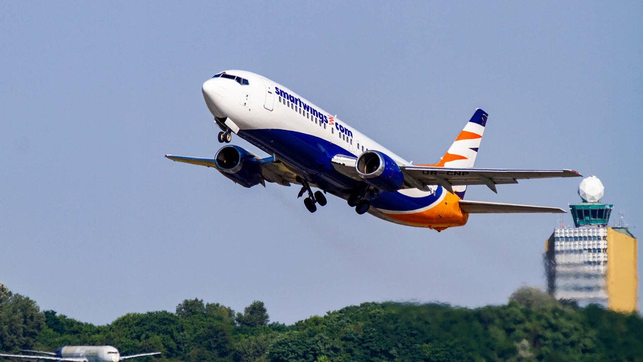 Letadla českých Smartwings se pomalu vracejí na nebe. Stále ale hrozí, že bez státních záruk aerolinky nepřežijí.