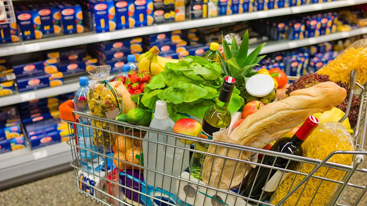 Pomyslný spotřební koš byl v únoru o 0,2 % dražší než před rokem. (Ilustrační foto)