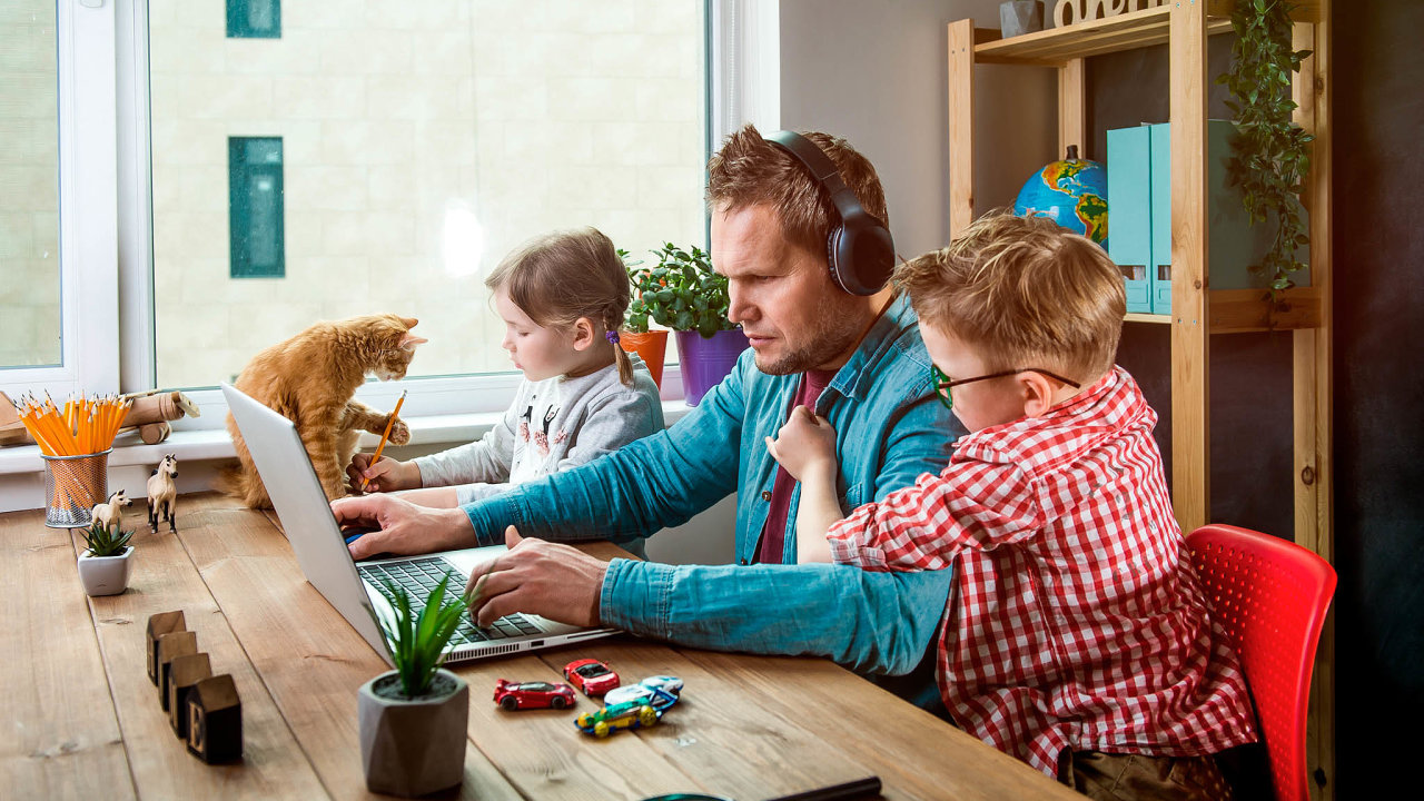 Hledání work-life balance je jednodušší proty, kteří sesezavřením škol nemusí starat oděti.