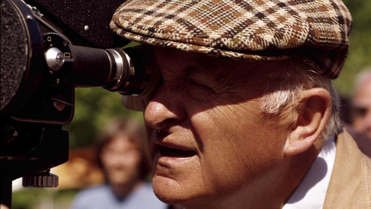 Otakar Vávrachtěl už roku 1970 oKomenském natočit televizní seriál. Důvodem odmítnutí bylo ipo roce 1968 ožehavé emigrantské téma.