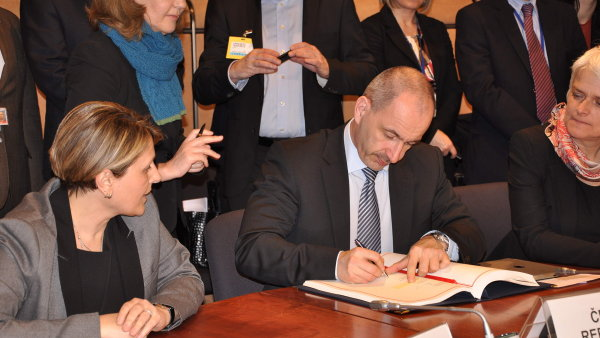 Podpis Smlouvy o evropskem patentu