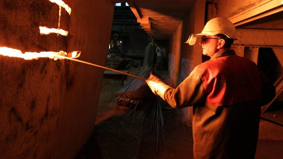 Dělník v Evraz Vítkovice Steel.