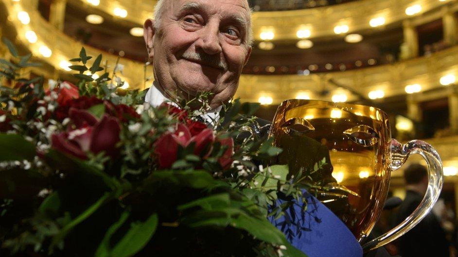 Josef Somr převzal cenu Thálie 2013 na slavnostním ceremoniálu uspořádaném 29. března v Národním divadle v Praze.