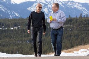 HNTech News: Microsoft prodává telefony s Androidem, Google+ má potíže a Facebook nakupoval