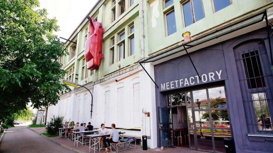 MeetFactory se do někdejší smíchovské sklárny přestěhovala před sedmi lety.