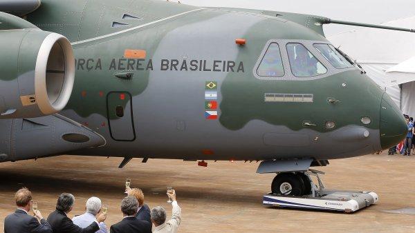 Braz�lie p�edstavila unik�tn� letoun, na jeho� v�rob� spolupracuje Aero