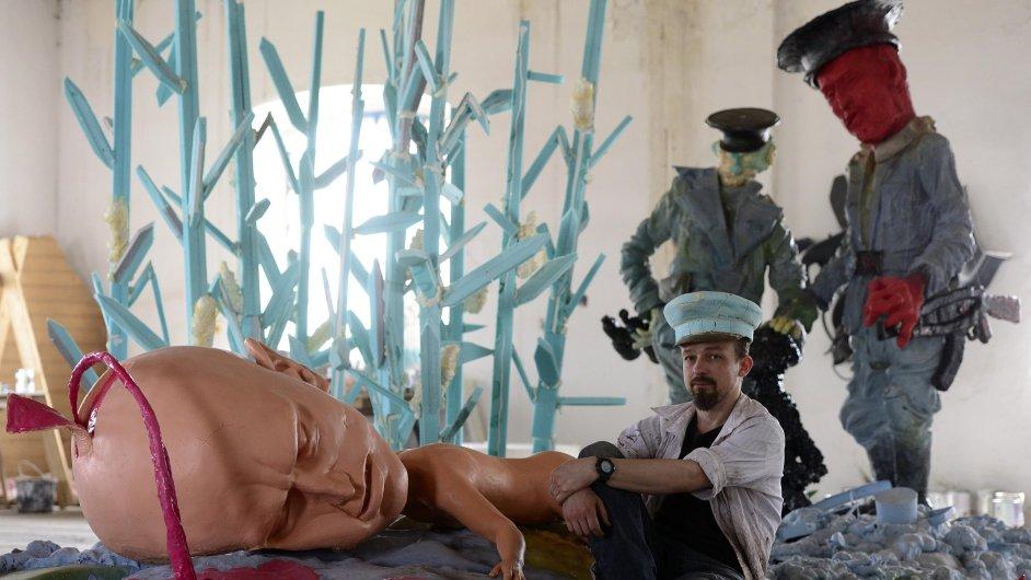 Snímky bruselské sochy skupiny Pode Bal