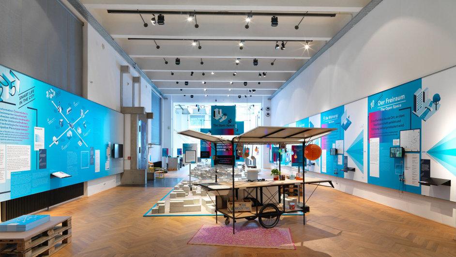 Snímky z výstavy Ideas for Change na Vídeňském bienále 2015