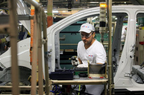 V Česku vzrostla výroba osobních aut na rekordních 1,344 milionu vozů. Stoupl domácí prodej i export