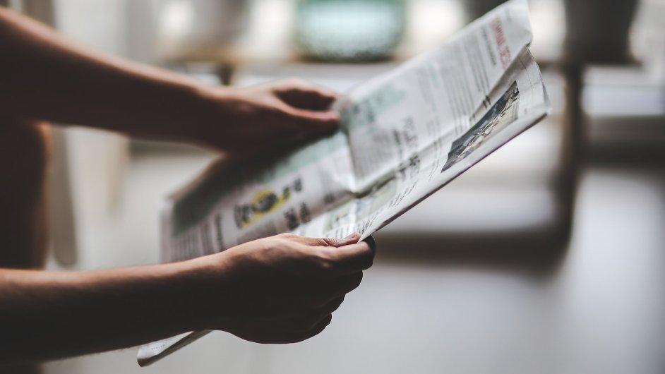 Čtenář novin, zpravodajství, žurnalistika