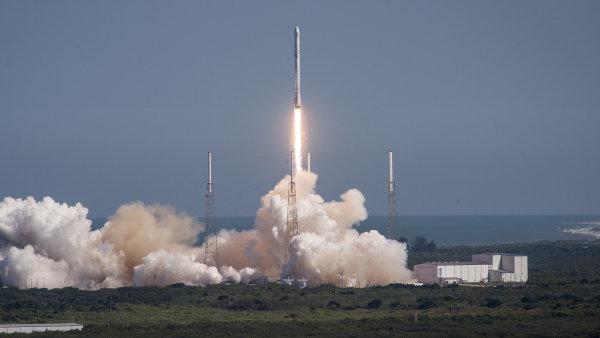 Vesmírná raketa - Ilustrační foto.