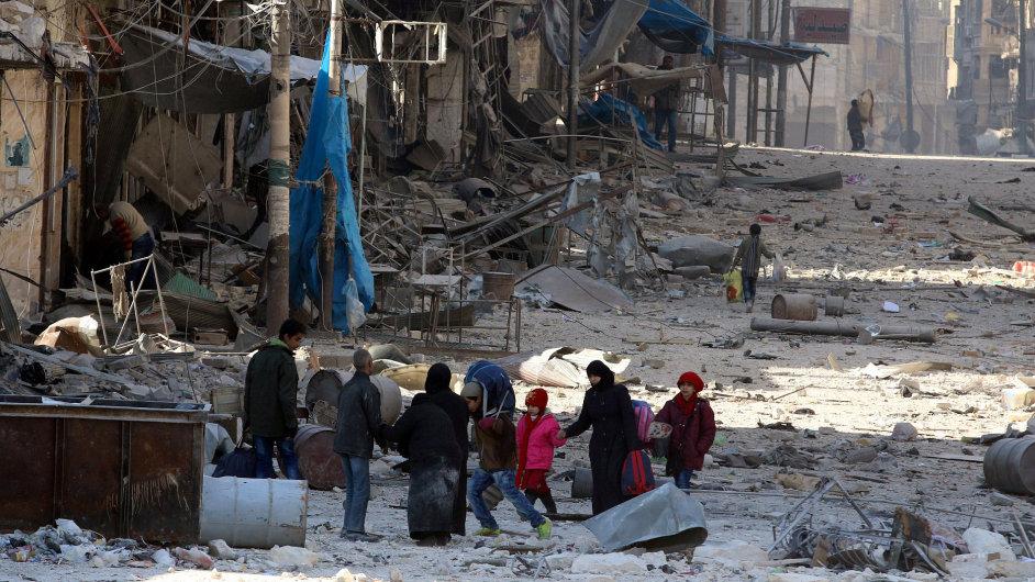 V Aleppu začíná znovu platit příměří.