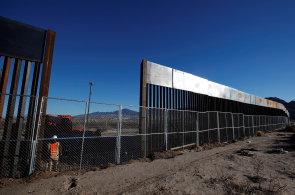 Trump chce začít s budováním zdi na hranici s Mexikem. Vláda hodlá do výstavby investovat 18 miliard dolarů
