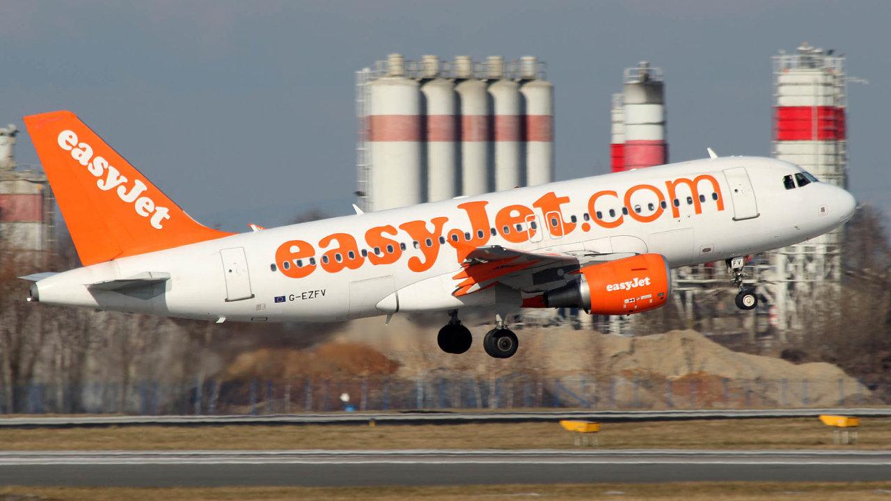 Loni byl easyJet devátou největší leteckou společností světa, přepravil 62 milionů cestujících za rok, a letos dál stoupá vzhůru.