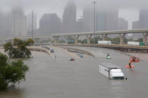 Harvey - drama v Texasu.