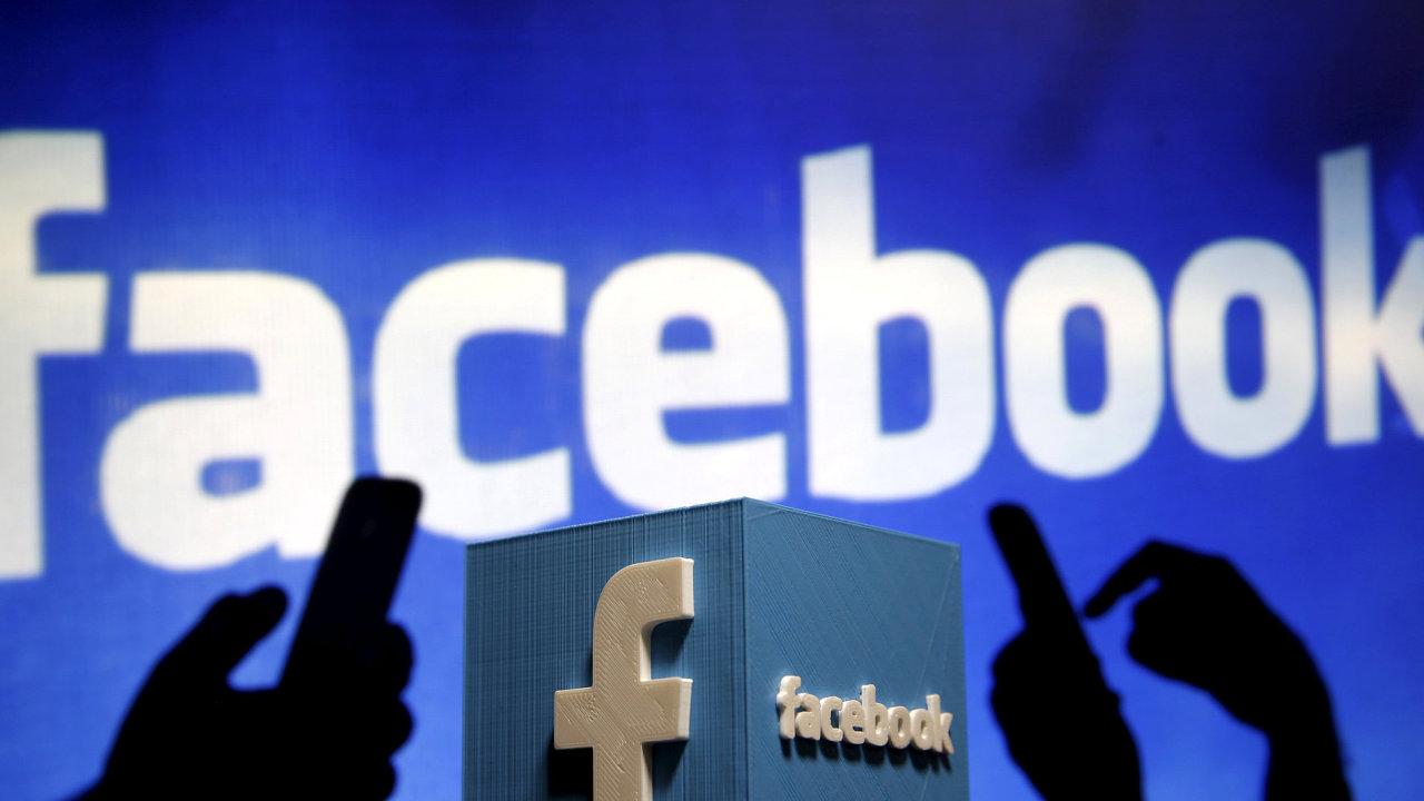 Facebook dostal ve Španělsku pokutu 1,2 milionu eur, podle informací z médií společnost používala osobní údaje k reklamním účelům.