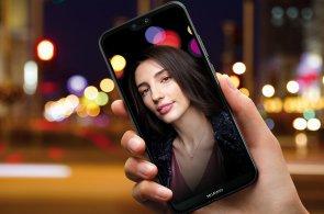 P20 Lite je další hit od Huaweie. Odlehčená verze nedělá hloupé kompromisy v designu ani výbavě