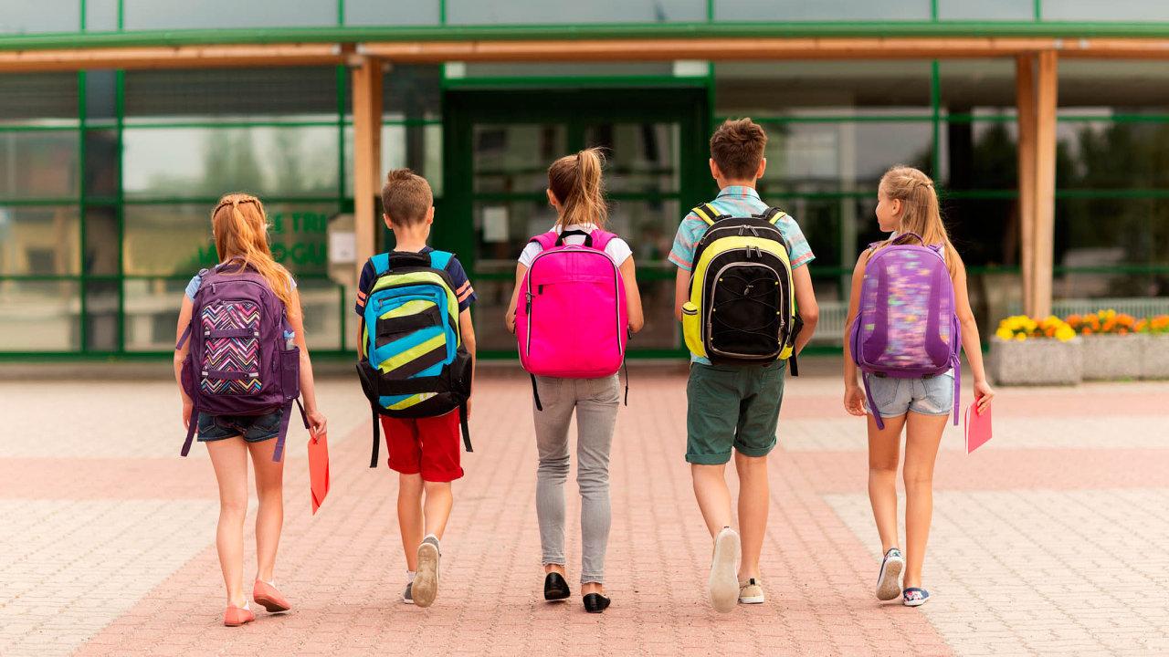 Některé školy se rozhodly začínat vyučování později než v obvyklých osm hodin ráno.