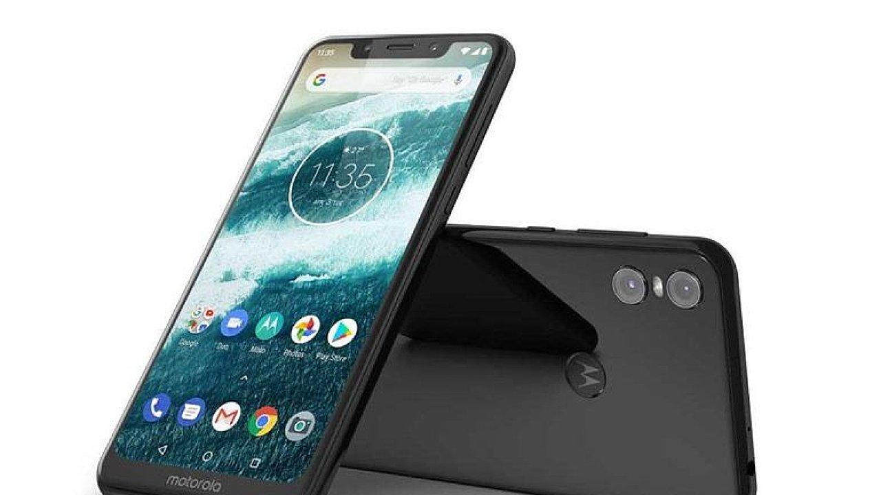 Nový telefon Motorola připomíná iPhone X a láká na čistý Android.
