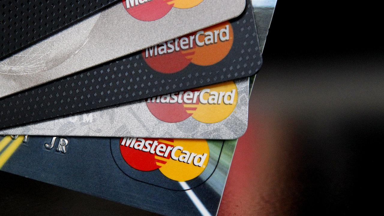 MasterCard připravuje potvrzování platby kartou biometrickými údaji, ilustrace